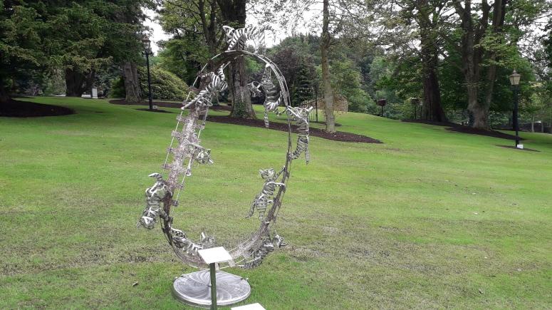 Nigel Connell Bass Sculpture