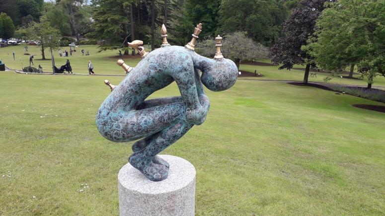 Orla de Bri Sculpture