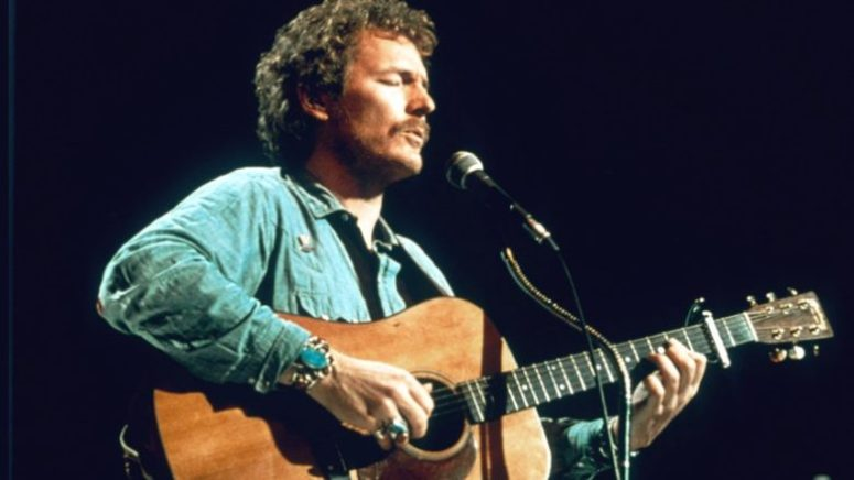 gordon lightfoot with guitar
