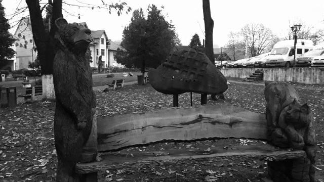 Wooden Sculptures Bran Transylania