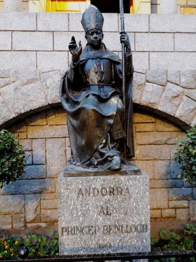 Statue in Andorra