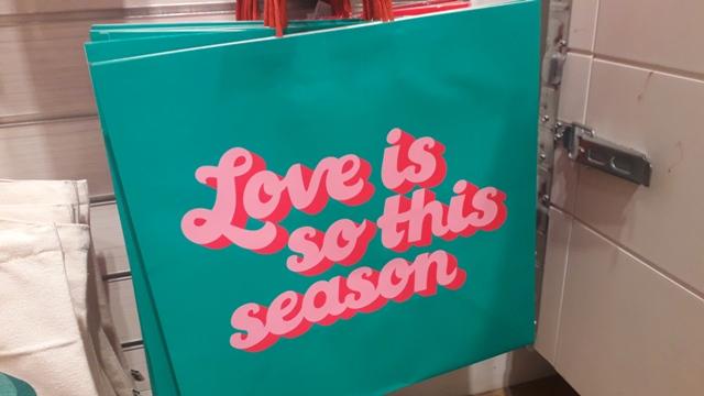 Retro Turquoise Bag Love is so this Season